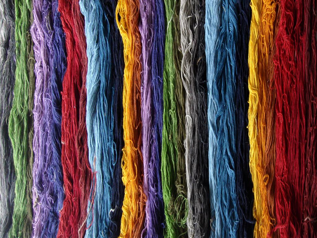 نتیجه تصویری برای پشم قالی بافی مناسب